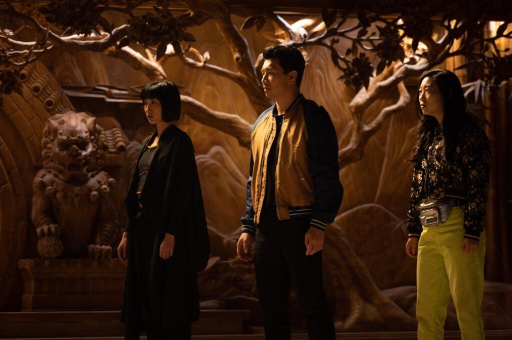 Xialing (Meng'er Zhang), Shang-Chi (Simu Liu) and Katy (Awkwafina)